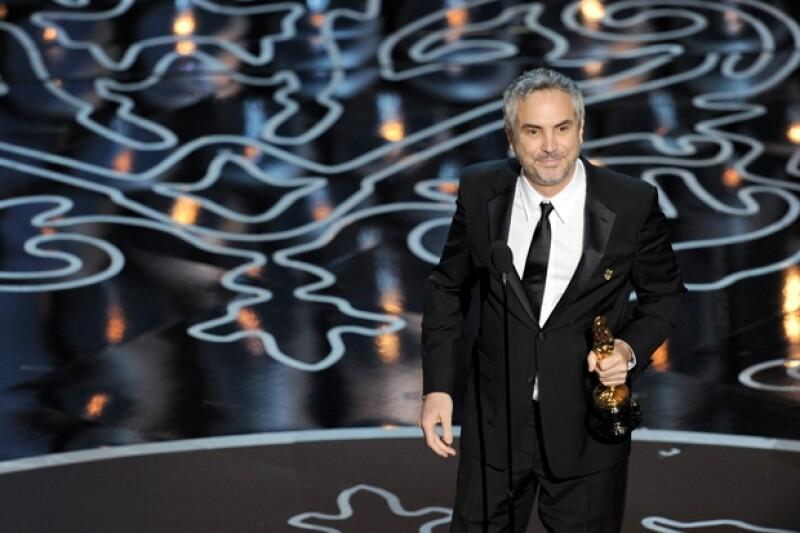El director dedicó su premio a su madre y agradeció a todo su equipo de trabajo así como a su hijo Jonás Cuarón y su novia Sheherazade Goldsmith.