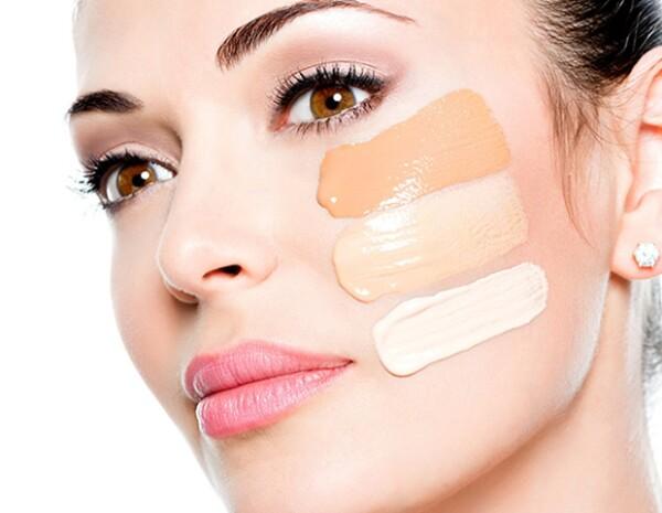 Usar el tono equivocado de base y de primer te hará lucir mal pintada.