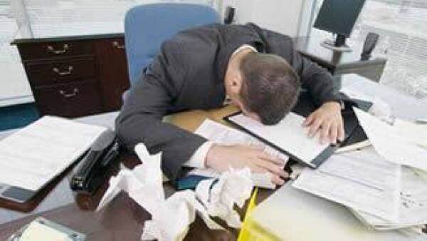 empleado-frustrado-empleo-trabajo-JI.jpg