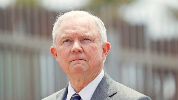 Jeff Session secretario de Justicia Estados Unidos deportación desacato