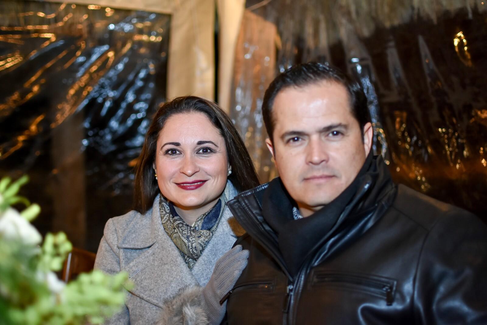 Tito Porragas Maru Villarreal.jpg