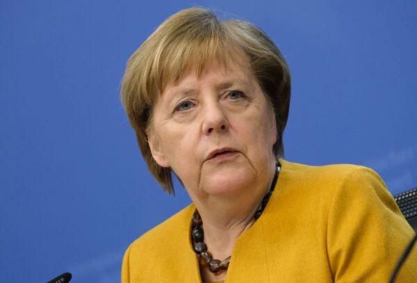 65 años Angela Merkel 1.jpg