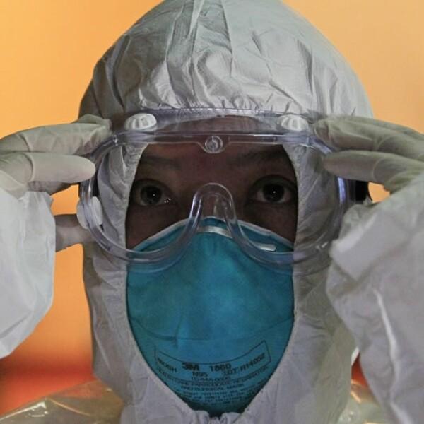 ébola, combate