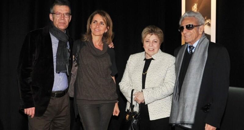 Los papás de Gerard, Joan Piqué y Montserrat Bernabeu con los de Shakira, Nidia Ripoll y William Mebarak.