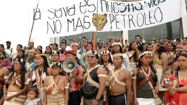Indígenas en Ecuador luchan para librar su territorio de las petroleras