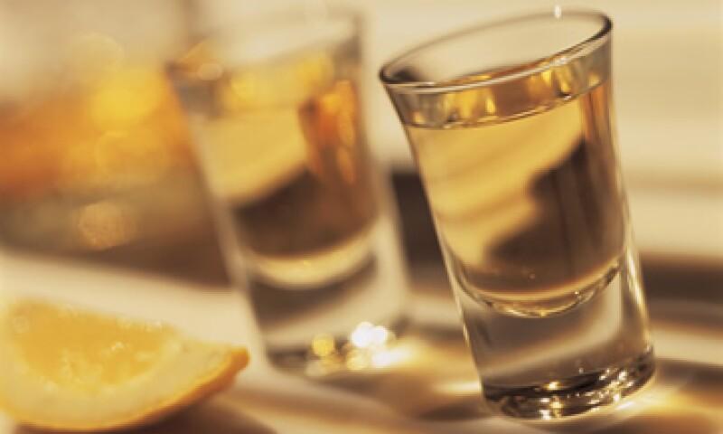De acuerdo con el Consejo Regulador del Tequila para este año está garantizado el abasto de la bebida con inventarios de 325 millones de litros. (Foto: Thinkstock.)