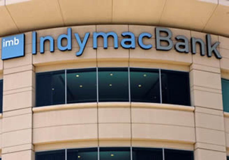 Activos de bancos como Indymac han sido vendidos al público por la Corporación Federal de Seguro de Depósitos de EU. (Foto: AP)