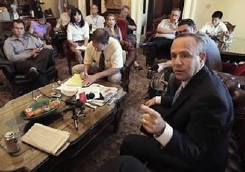 El Senado californiano llegó a un acuerdo para hacer frente al déficit presupuestario. (Foto: AP)