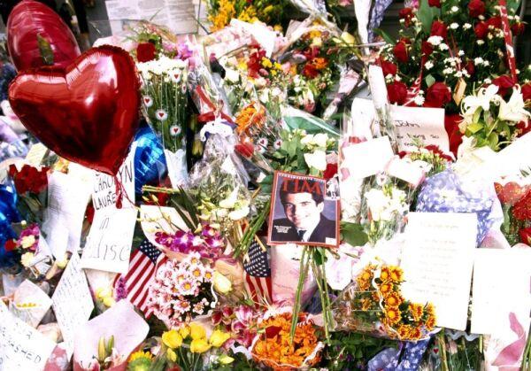 John F. Kennedy Jr. y Carolyn Bessette 1.jpg