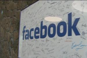 #LaCifraDelDía: Facebook suspende 200 aplicaciones