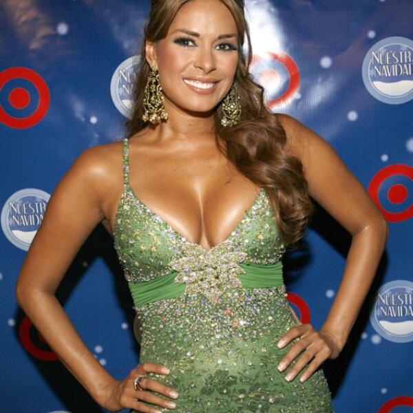 """En 1996 intervino en """"Tú y yo"""", melodrama estelarizado por Maribel Guardia, Joan Sebastian y Sebastián Ligarde."""