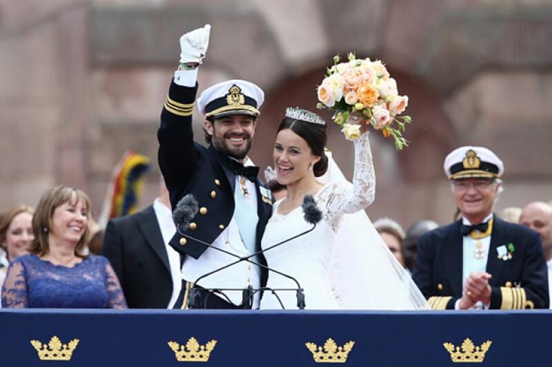 Una boda de cuento de hadas: Fue en la capilla real de Estocolmo donde, después de cinco años de relación, Carlos Felipe de Suecia y Sofía Hellqvist  dijeron `Sí, acepto´ acompañados de su familia y amigos cercanos.