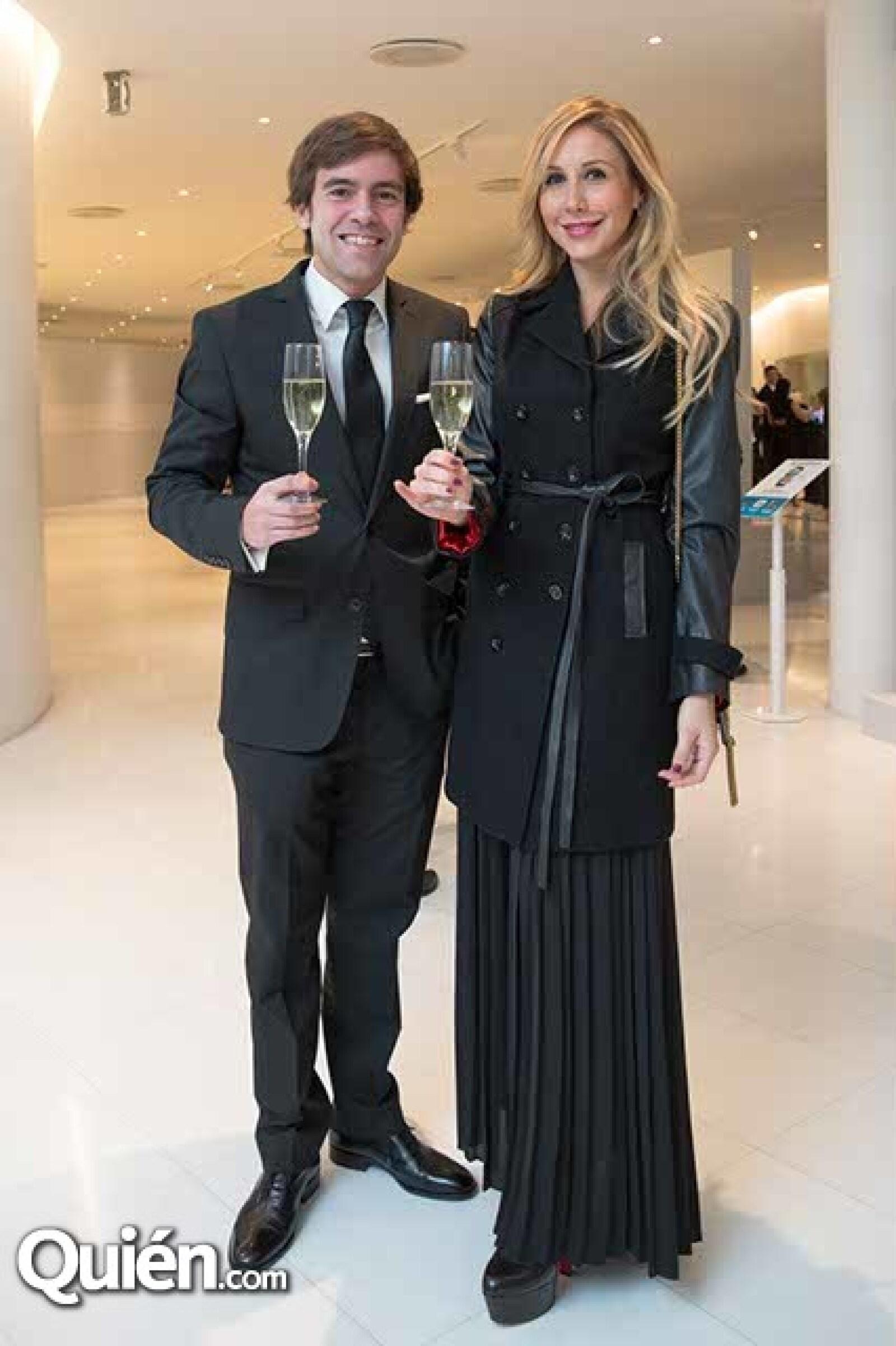 Javier Martínez y Paola Sierra
