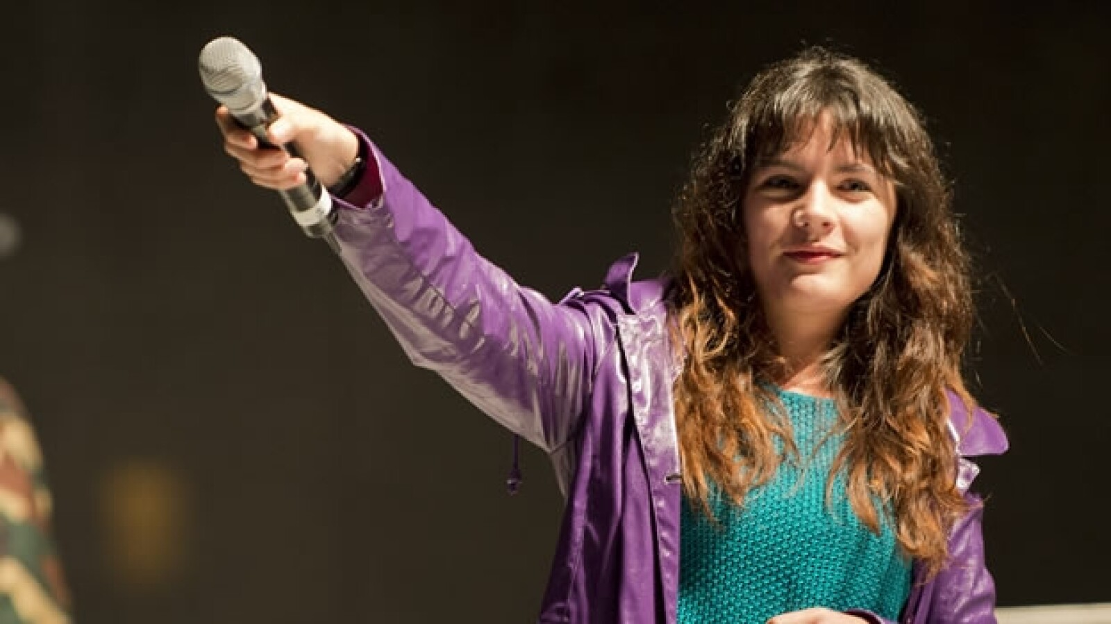 Camila Vallejo habla en el zocalo