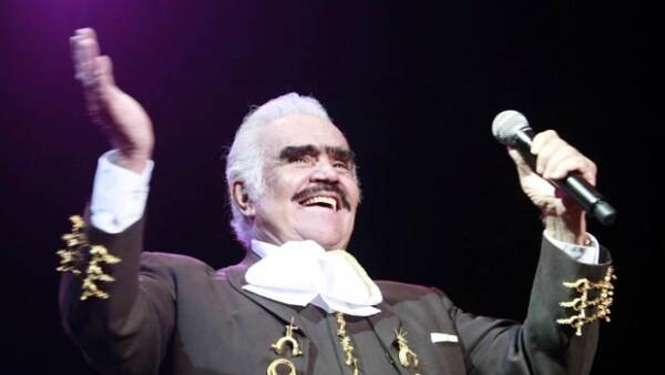 Vicente Fernández es uno de los cantantes mexicanos más emblemáticos.