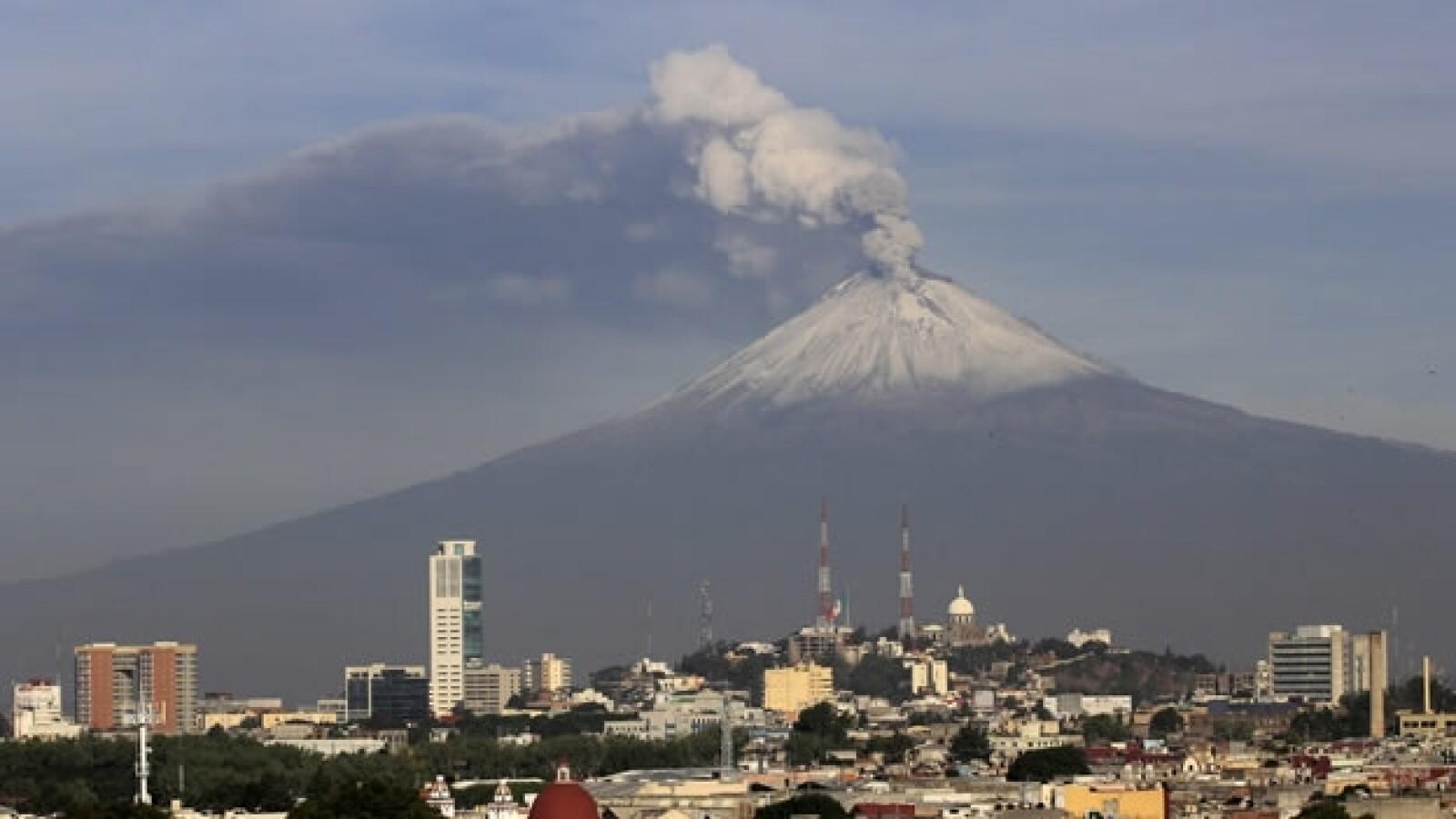 vista desde la ciudad del volcan