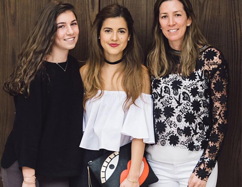 """Con 174k seguidores, ella es una referencia de los blogs mexicanos y esta temporada imprimió su acompañó a la firma de Laura y Alejandra Laviada en el lanzamiento de """"Capsule Collection""""."""
