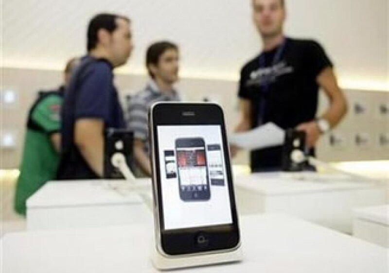 Apple calificó a los incidentes de explosiones de iPhones como casos aislados. (Foto: Reuters)