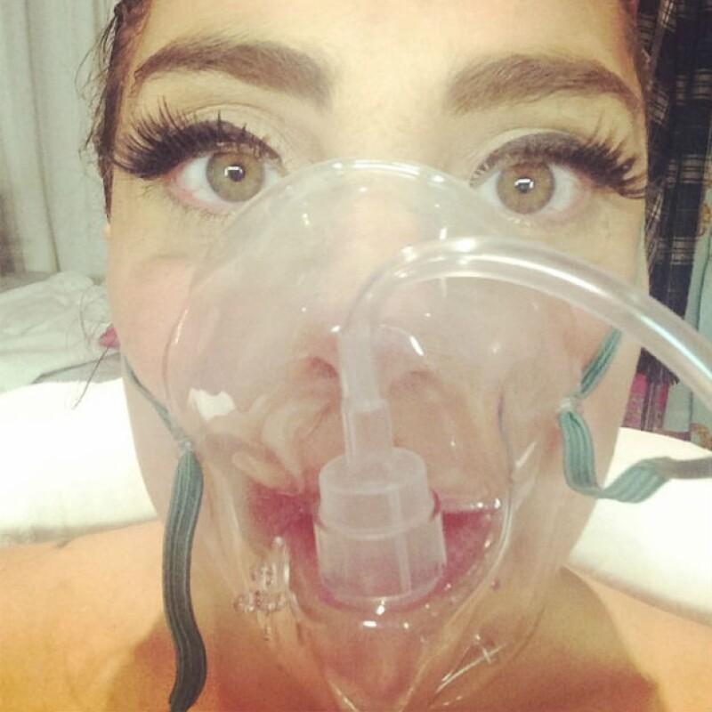 Tras su concierto en Denver, la cantante se sintió mal por lo que tuvo que ir directamente al hospital sin consecuencias graves por este padecimiento.