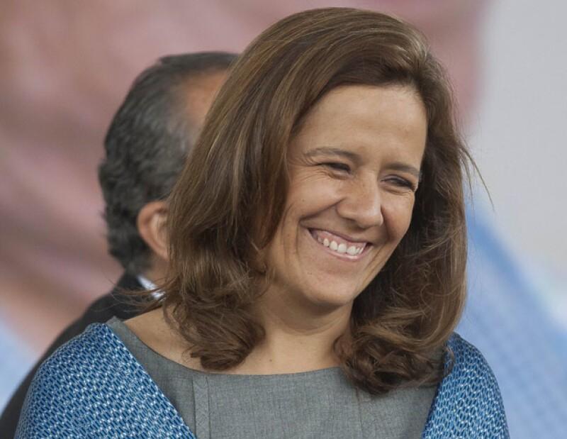La candidata a la presidencia por el PAN, Josefina Vázquez Mota, agradeció a la primera dama por haber acudido a las urnas.