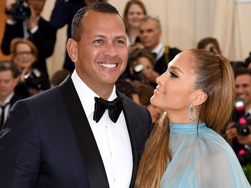 Todo bien? Los últimos mensajes de Jennifer Lopez y Alex Rodriguez generan especulación