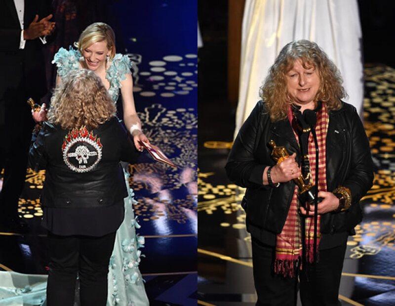 La ganadora en Mejor Diseño de Vestuario en la 88ª entrega de los Oscar expresó su sentir ante la controversia que generó su atuendo durante la ceremonia y finalmente comentó por qué fue vestida así.