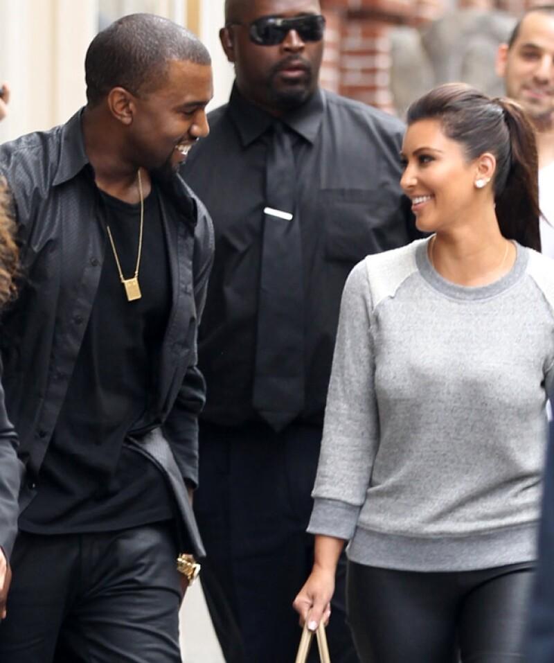 Kanye invitó a Kim a su pasarela en París el año pasado, a raíz de eso, se supo que mantenían una relación.