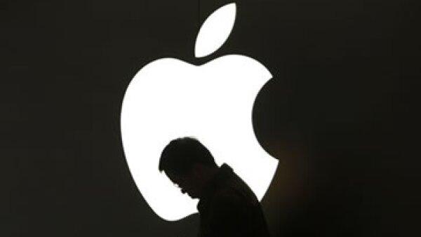 El experto prevé que la acción de Apple avance por la fiebre que hay por sus productos en todo el mundo. (Foto: Reuters)