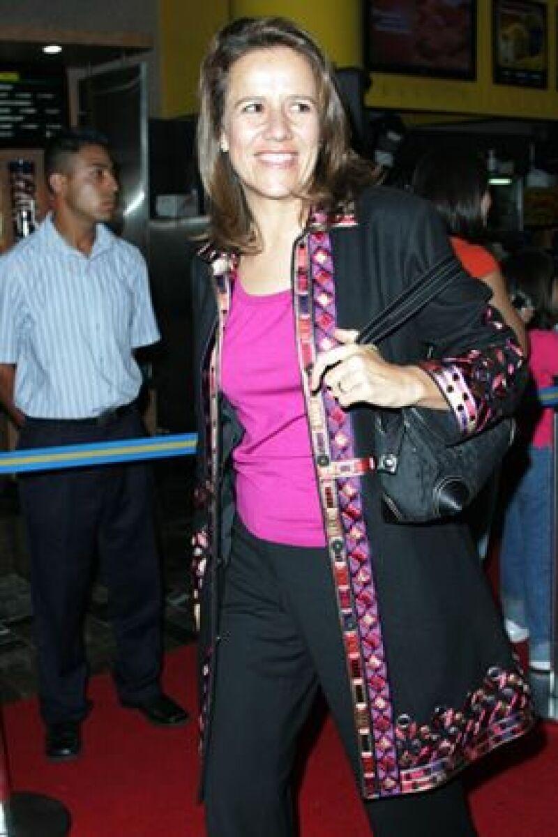 En punto de las seis de la tarde, la primera dama de México llegó al FICM, pidió una botella de agua y unas palomitas para disfrutar de los documentales.