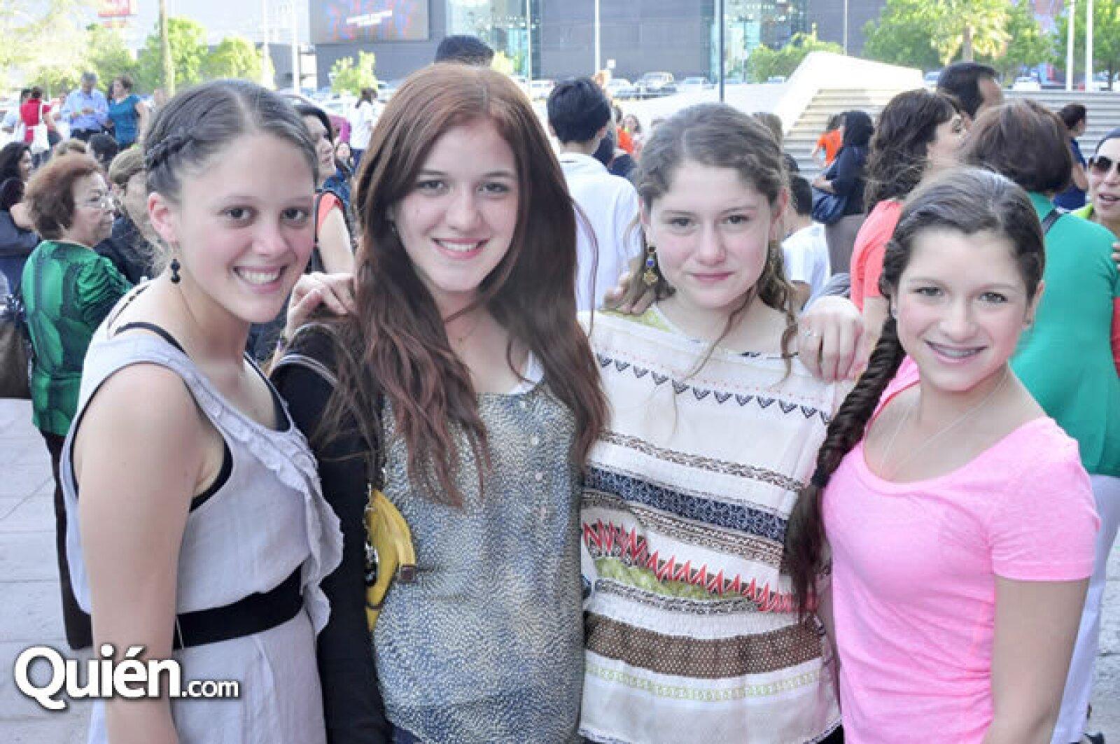 Ana Goya, Daniela Vela, Oliva Cuervo y Alma Lozano
