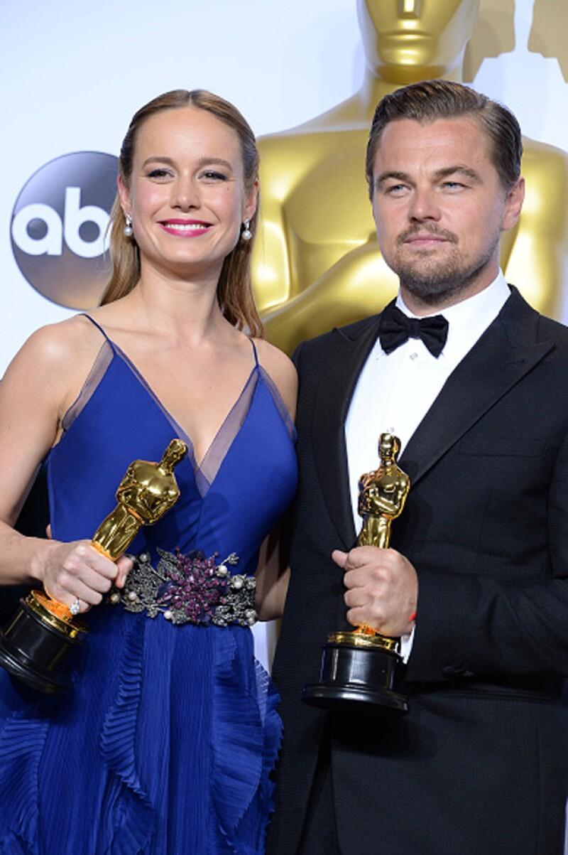 El ganador del Oscar como mejor actor por The Revenant hizo un cameo en la otra cinta nominada Room ¿Quieres saber a qué escena nos referimos? Aquí te decimos.