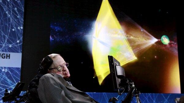 El proyecto de Stephen Hawking busca alcanzar el sistema estelar más cercano al nuestro.