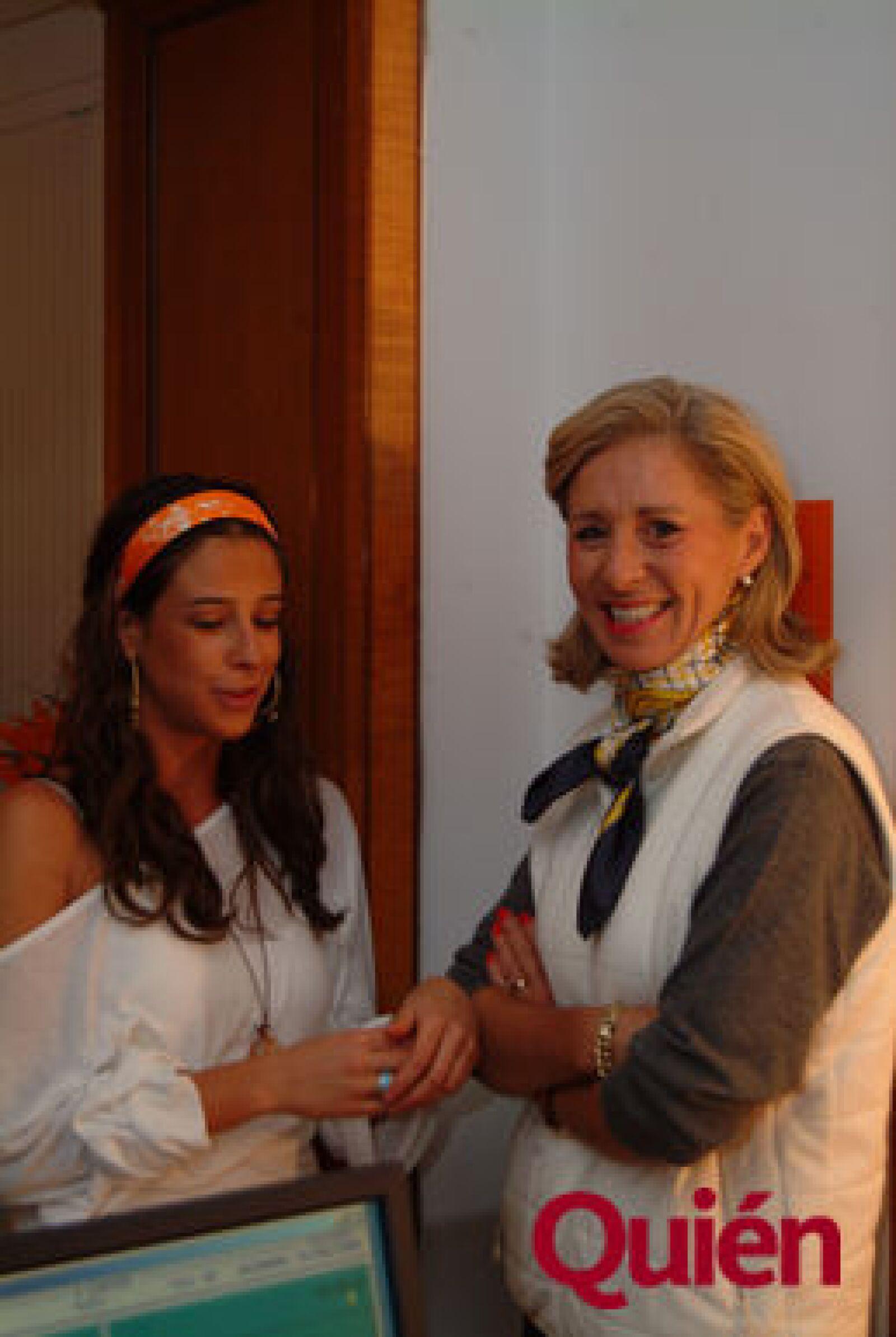 Paloma Muñoz-seca, Lourdes Ariza