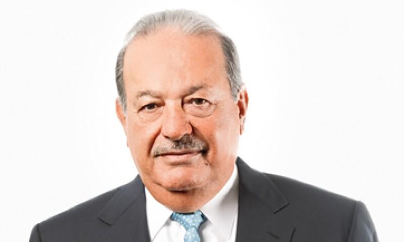 Carlos Slim usa el llamado estilo de bigote mosquetero, de origen francés, en el cual muestra una imagen aristocrática. (Foto: Jorge Garaiz)