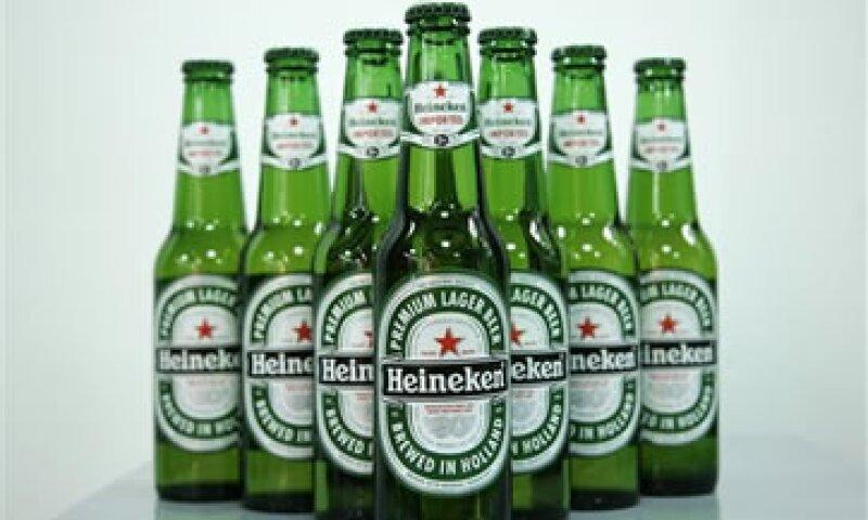 Heineken genera casi la mitad de sus ganancias en los mercados emergentes. (Foto: AP)