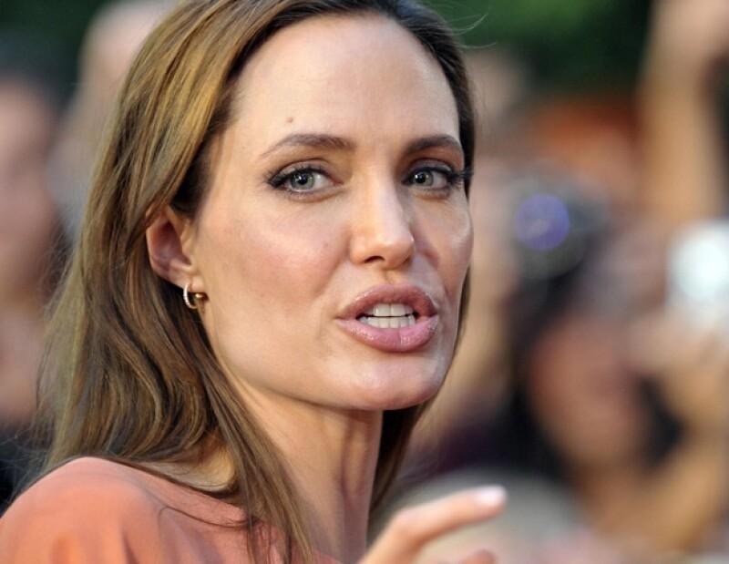 La actriz estadounidense fue demandada por un periodista, por considerar que le copió la idea para su nueva película, de un libro que él escribió.