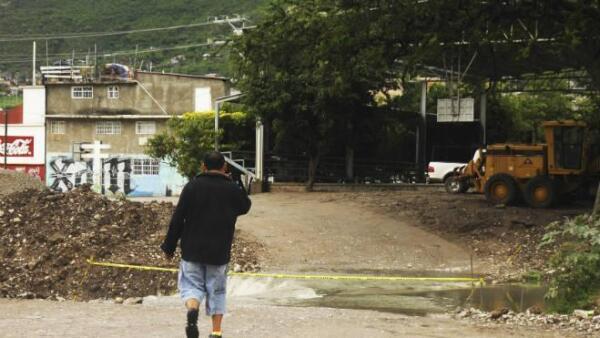 Casas da�adas por lluvia en Guerrero