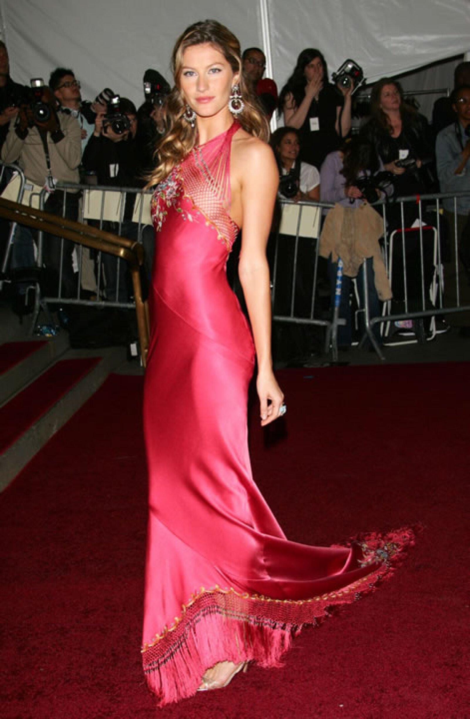 Su carrera con LVMH inició en Givenchy.