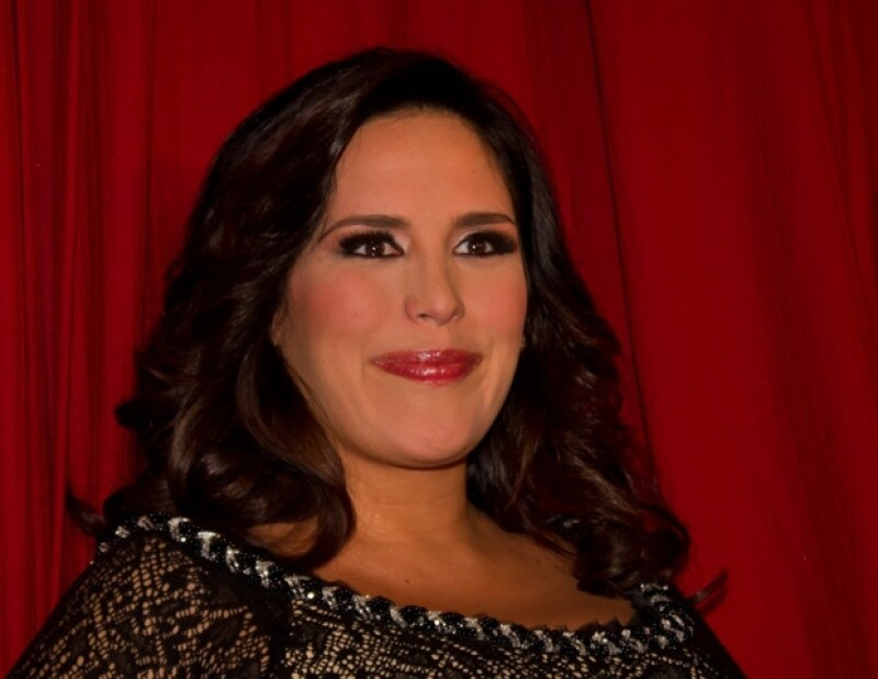 La publicista de la comediante mexicana desmintió la información que indicaba ya había dado a luz.