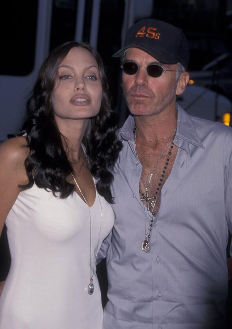 Angelina y su ahora ex esposo pensaban que el tener sangre uno de otro los acercaba más.
