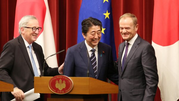 japon union europea shinzo abe Jean-Claude Juncker