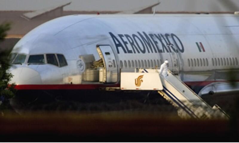 Aeroméxico acordó con el sindicato Independencia el nuevo personal sea contratado en condiciones laborales de alta competitividad. (Foto: AP)
