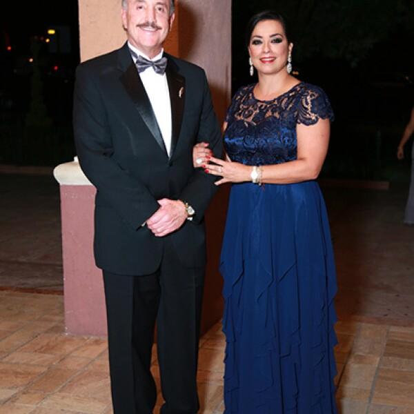 Guillermo Pérez Salinas y Mireya de Pérez Salinas