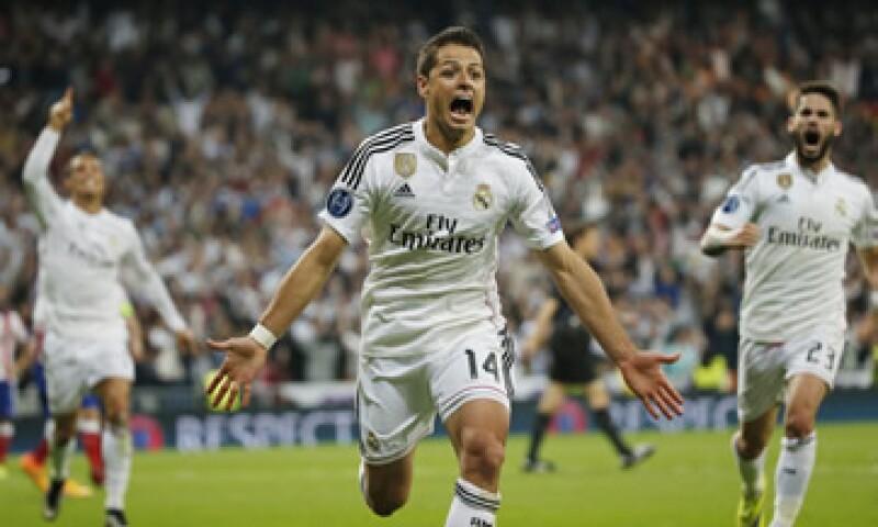 Javier Hernández anotó al minuto 88 el gol que eliminó al Atlético de la Champions League. (Foto: Reuters)