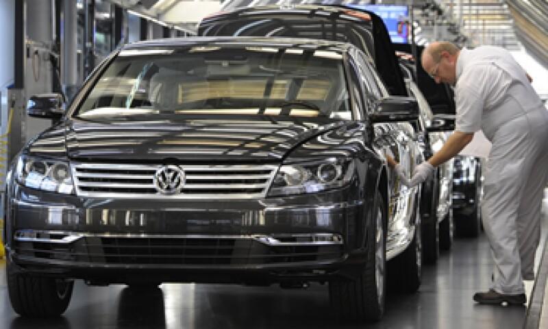 El Volkswagen Phaeton es uno de los autos incluidos en la lista. (Foto: AP)
