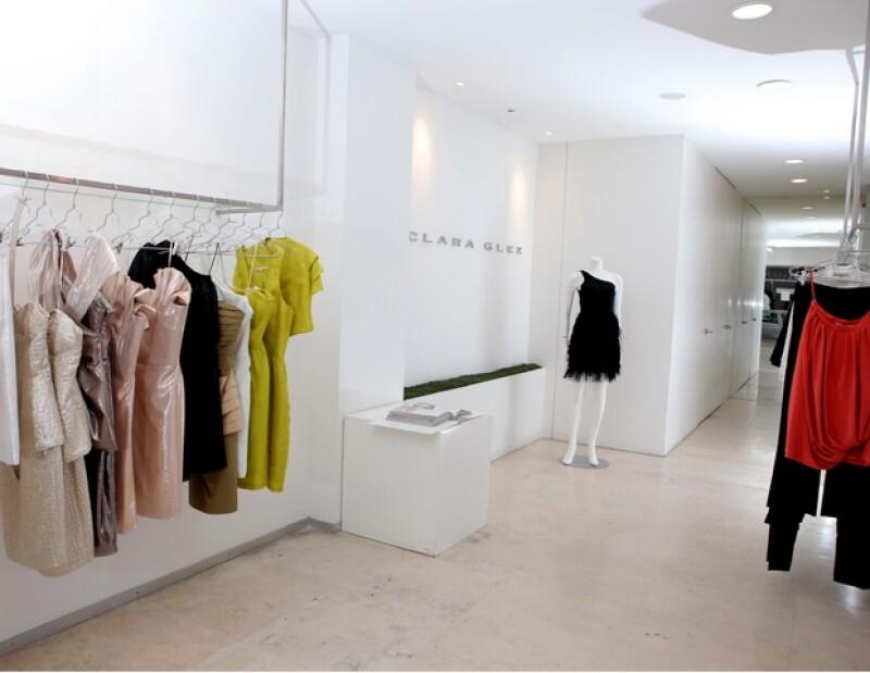 La creativa egresada de Parsons School of Design en Nueva York platica en exclusiva con Quién.com acerca de su propuesta Primavera-Verano para el 2012.