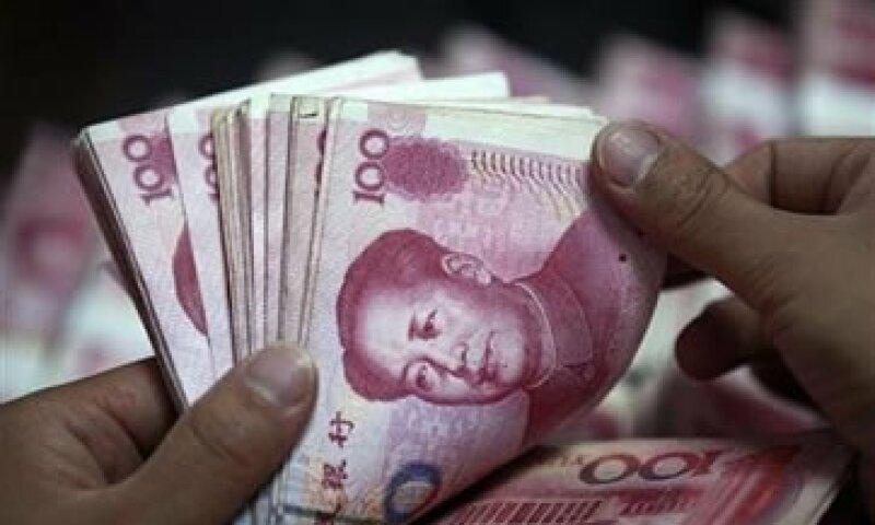 La venta de deuda de los gobiernos a los inversionistas era vista como un arreglo a las difíciles finanzas públicas locales. (Foto: Reuters)