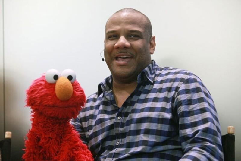 """Kevin Clash quien da vida a este personaje en """"Sesame Street"""", pidió permiso al popular programa para afrontar los cargos tras ser acusado de mantener una relación con un chico de 16 años."""