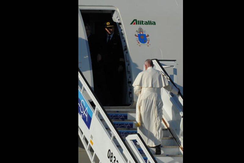 El autor, analista de asuntos religiosos, destaca los temas por los que Francisco ha provocado comentarios y polémicas desde que fue elegido Papa, en 2013.