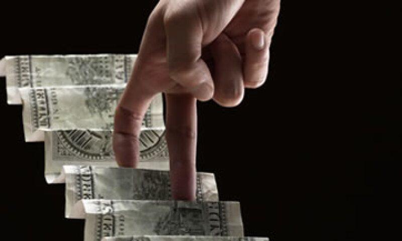 Conoce los 5 pasos para tener una buena experiencia de inversión según la Condusef. (Foto: Thinkstock)